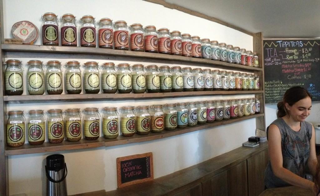 With+a+large+varity+of+teas+and+smoothies+Tippi+teas+has+something+for+everyone.%0A%22+I+like+the+diverse+types+of+teas+they+have%2C+and+although+it%27s+hard+to+choose+its+really+fun.%22+sophomore+Xochitl+De+la+Torre+said.